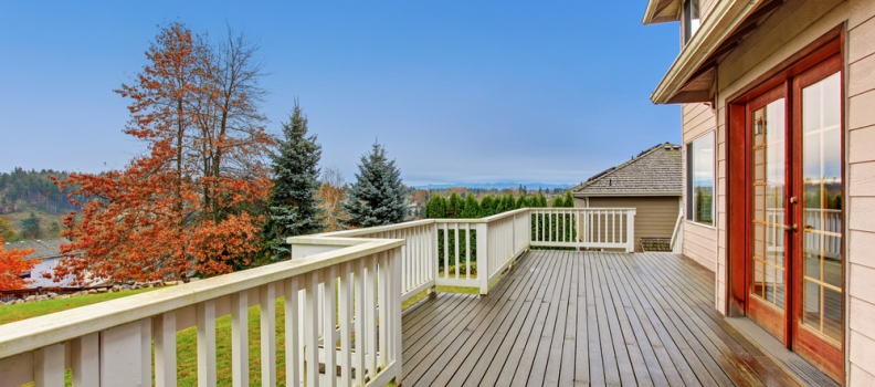 4 Reasons You Should Add a Deck to Your Home
