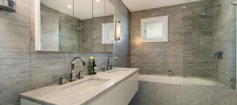 Master Bathrooms: One Sink Or Two?