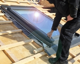 The Benefits of a Skylight: 4 Things You Should Keep in Mind